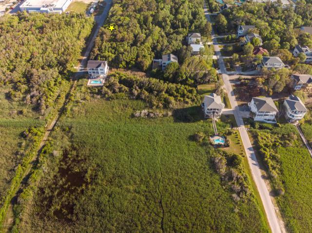 110 SE 61st Street, Oak Island, NC 28465 (MLS #100069348) :: The Oceanaire Realty