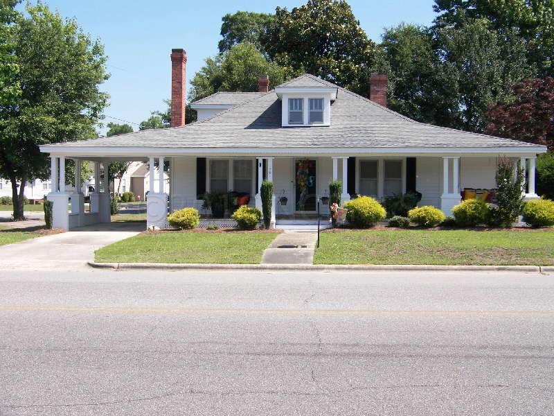 1501 E 7th Street, Lumberton, NC 28358 (MLS #100000308) :: Century 21 Sweyer & Associates
