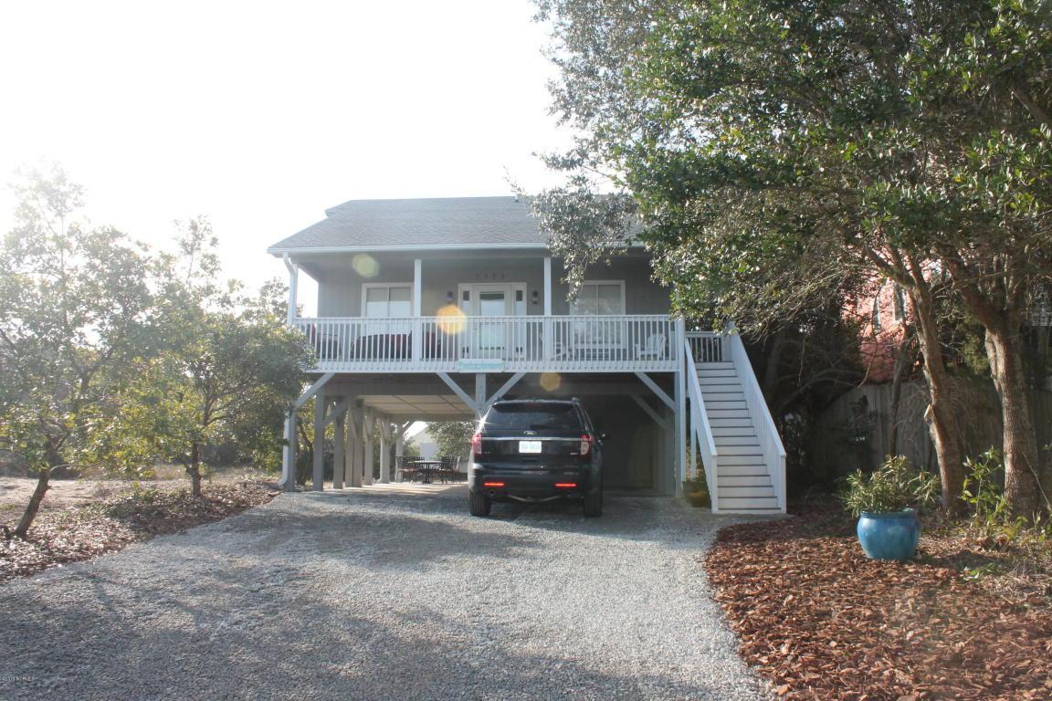 3923 W Dolphin Drive, Oak Island, NC 28465 (MLS #100001488) :: Century 21 Sweyer & Associates