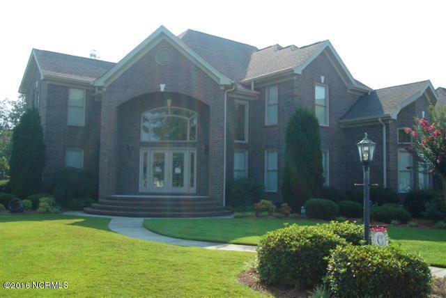 105 Red Oak Court, Lumberton, NC 28358 (MLS #100001721) :: Century 21 Sweyer & Associates