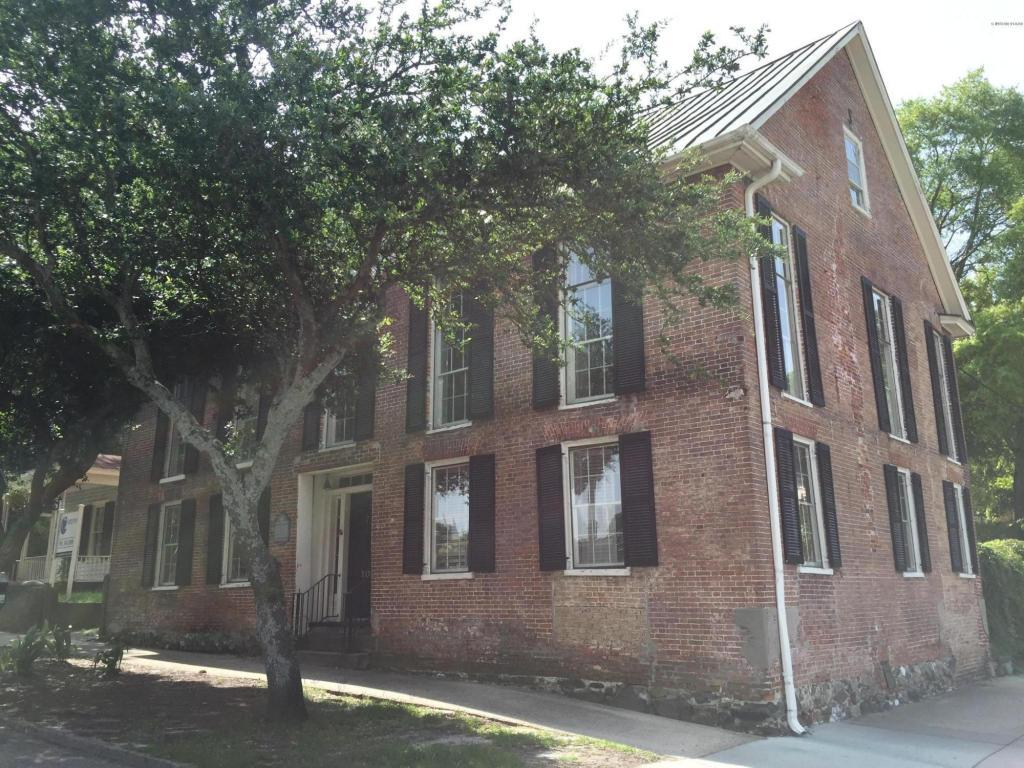 102 Orange Street, Wilmington, NC 28401 (MLS #100002579) :: Century 21 Sweyer & Associates