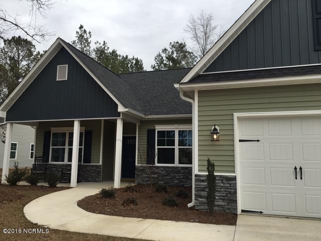 40 Bronze Drive, Rocky Point, NC 28457 (MLS #100008333) :: Century 21 Sweyer & Associates
