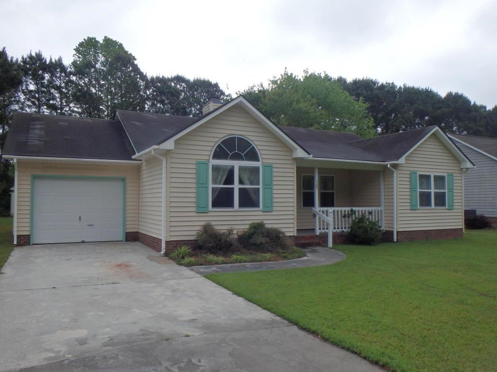 107 Foster Creek Court, Swansboro, NC 28584 (MLS #100011779) :: Century 21 Sweyer & Associates
