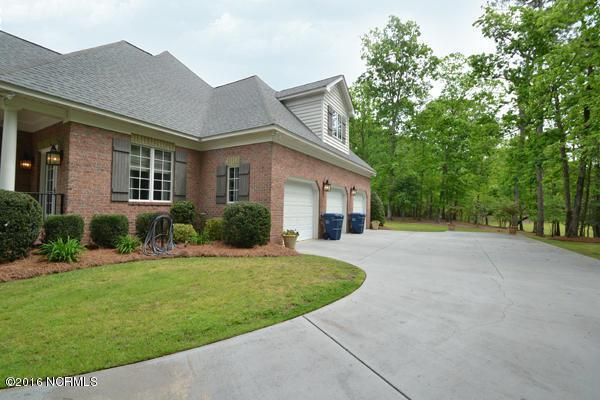 653 Jordan Drive, Greenville, NC 27834 (MLS #100011862) :: Century 21 Sweyer & Associates