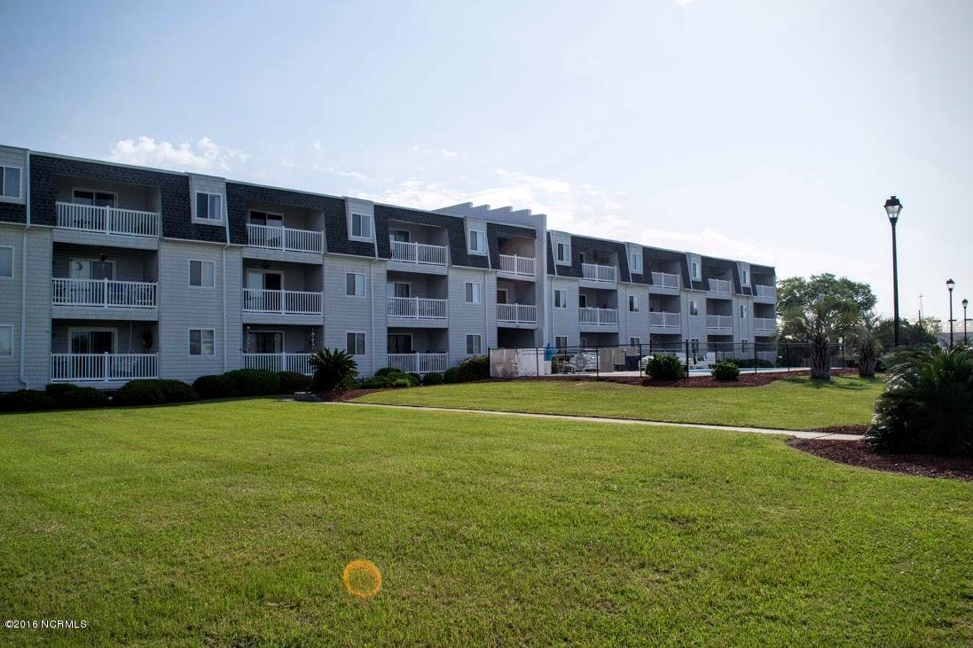 118 Lake Avenue 303 Mariner Cov, Morehead City, NC 28557 (MLS #100012946) :: Century 21 Sweyer & Associates