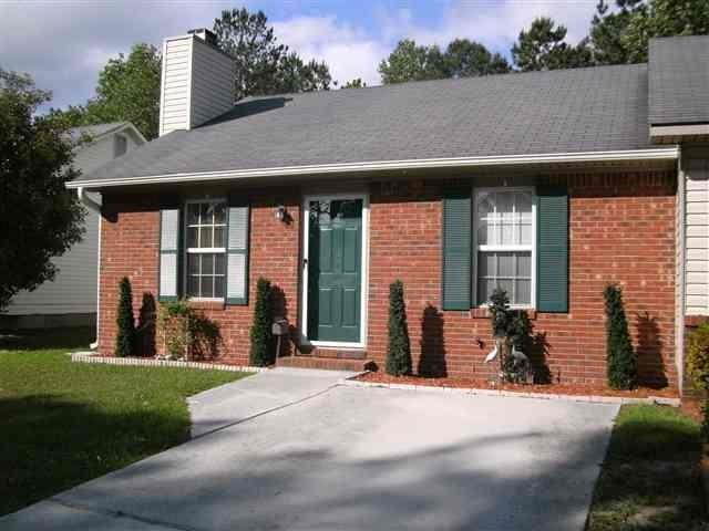 202 Deer Creek Drive, Jacksonville, NC 28546 (MLS #100014270) :: Century 21 Sweyer & Associates