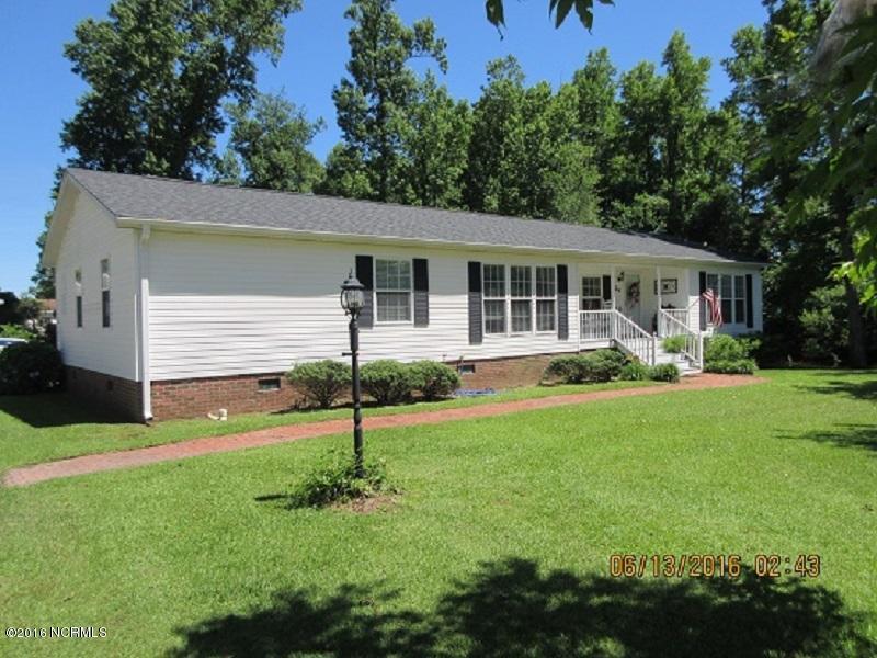 104 Pebble Run Court, Burgaw, NC 28425 (MLS #100017694) :: Century 21 Sweyer & Associates