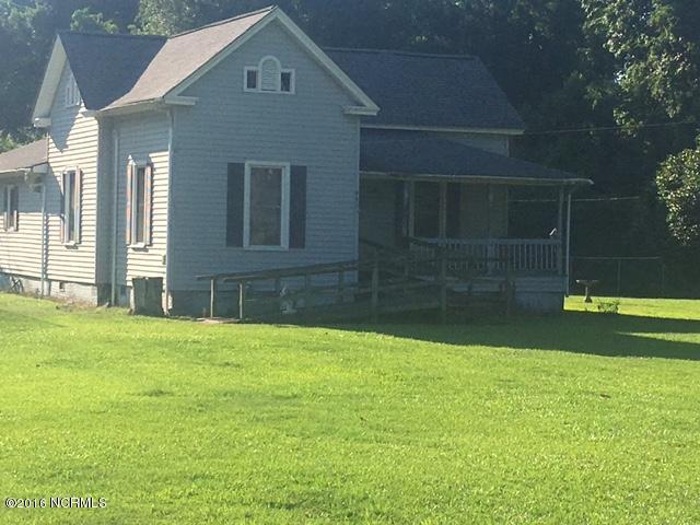 9856 N College Street, Clarkton, NC 28433 (MLS #100017695) :: Century 21 Sweyer & Associates
