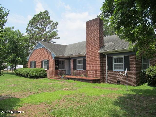 722 Academy Street, Fair Bluff, NC 28439 (MLS #100018669) :: Century 21 Sweyer & Associates