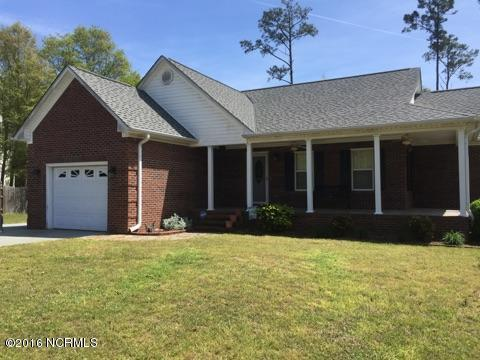 1339 Chadwick Shores Drive, Sneads Ferry, NC 28460 (MLS #100019413) :: Century 21 Sweyer & Associates