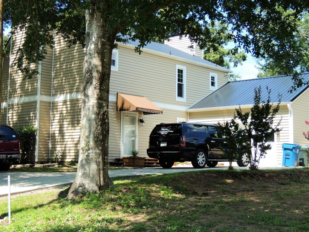 208 Pensacola Avenue, Morehead City, NC 28557 (MLS #100020026) :: Century 21 Sweyer & Associates