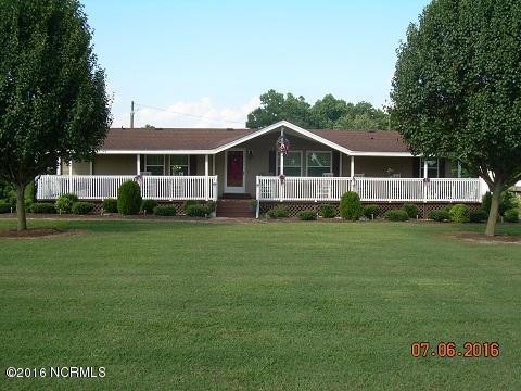 300 Hardy Lane, Clinton, NC 28328 (MLS #100020361) :: Century 21 Sweyer & Associates