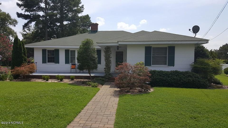 103 W Julian Avenue, Stantonsburg, NC 27883 (MLS #100020753) :: Century 21 Sweyer & Associates