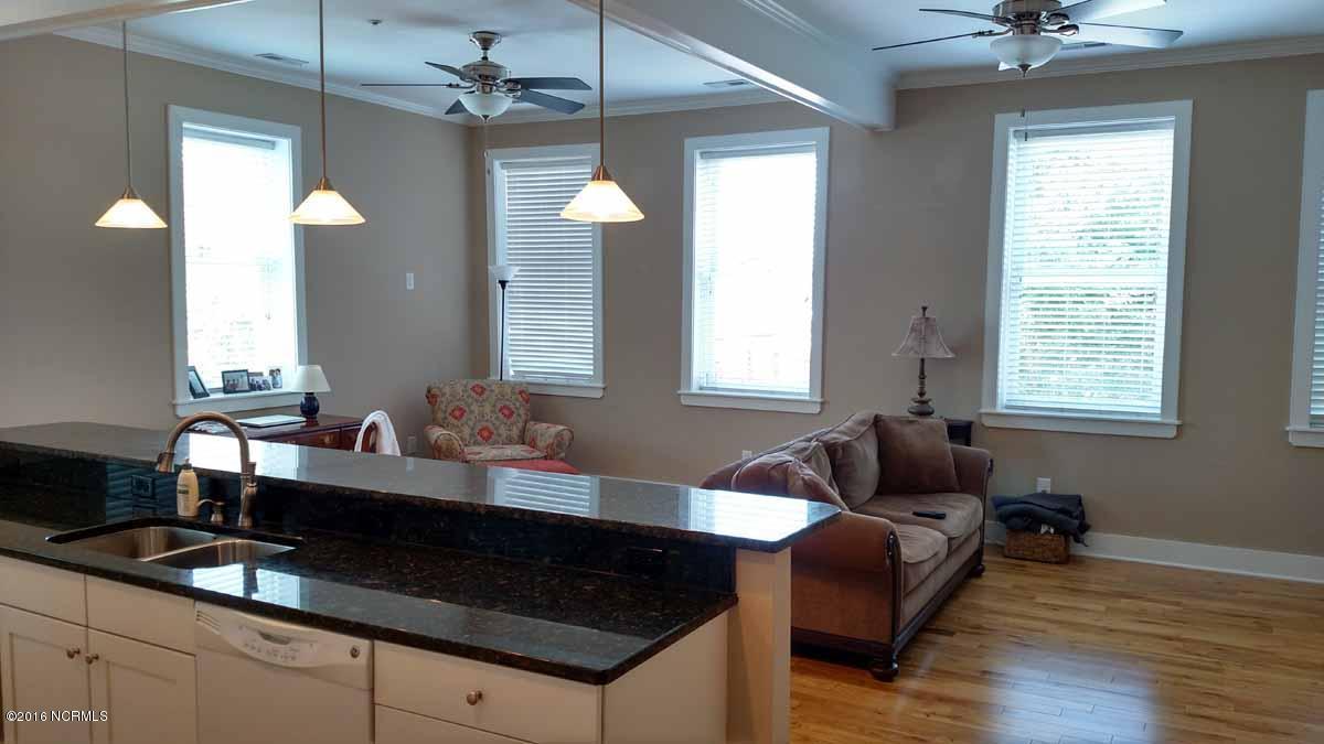 244-B-B Craven Street, New Bern, NC 28560 (MLS #100021467) :: Century 21 Sweyer & Associates