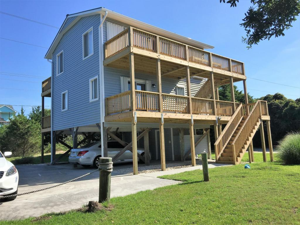 5211 Emerald Drive, Emerald Isle, NC 28594 (MLS #100021609) :: Century 21 Sweyer & Associates