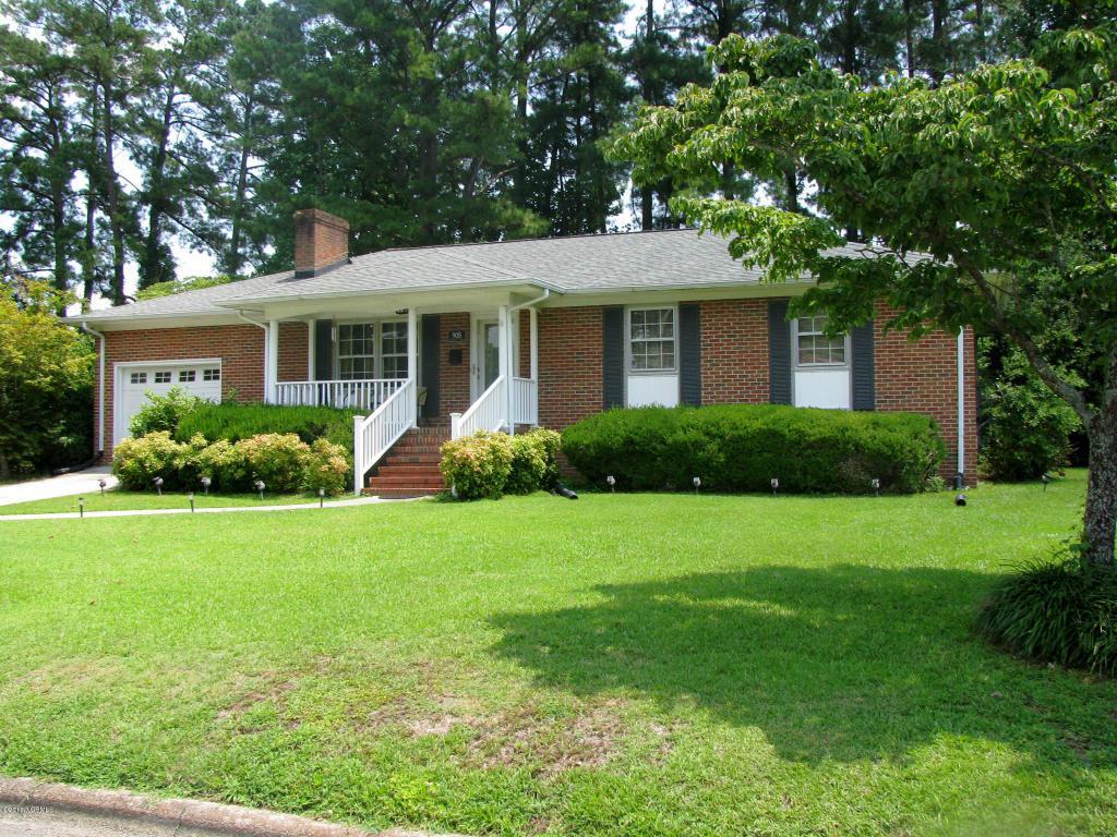 905 Pinecrest Street, Williamston, NC 27892 (MLS #100022125) :: Century 21 Sweyer & Associates