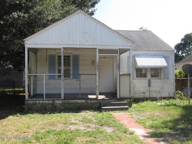 1807 Bridges Street, Morehead City, NC 28557 (MLS #100022181) :: Century 21 Sweyer & Associates