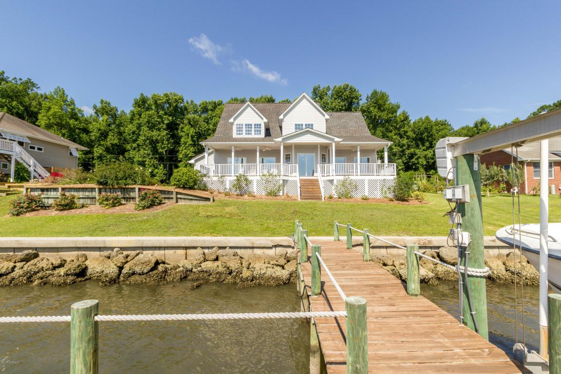 904 Sea Gate Drive, Newport, NC 28570 (MLS #100022863) :: Century 21 Sweyer & Associates