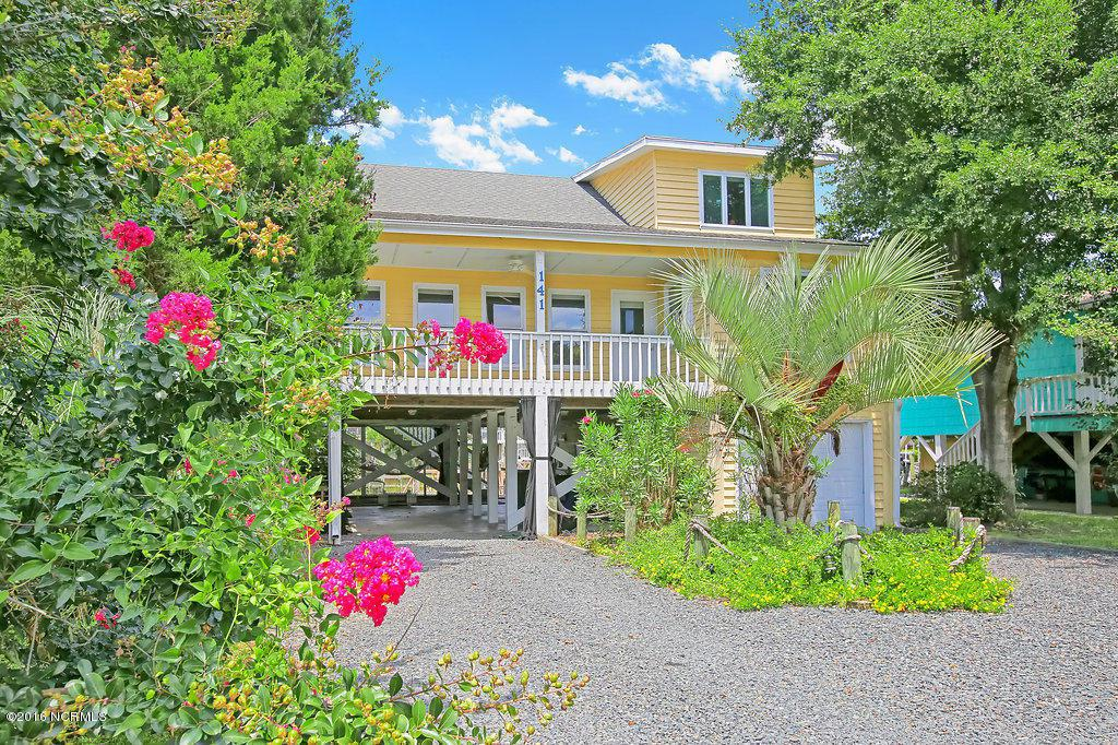 141 Marlin Drive, Holden Beach, NC 28462 (MLS #100022925) :: Century 21 Sweyer & Associates
