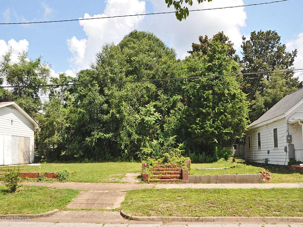 705 Walnut Street, Wilmington, NC 28401 (MLS #100022996) :: Century 21 Sweyer & Associates