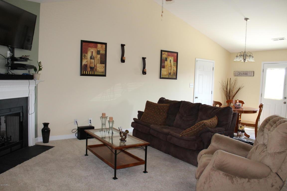 104 Rosemary Avenue, Hubert, NC 28539 (MLS #100023392) :: Century 21 Sweyer & Associates