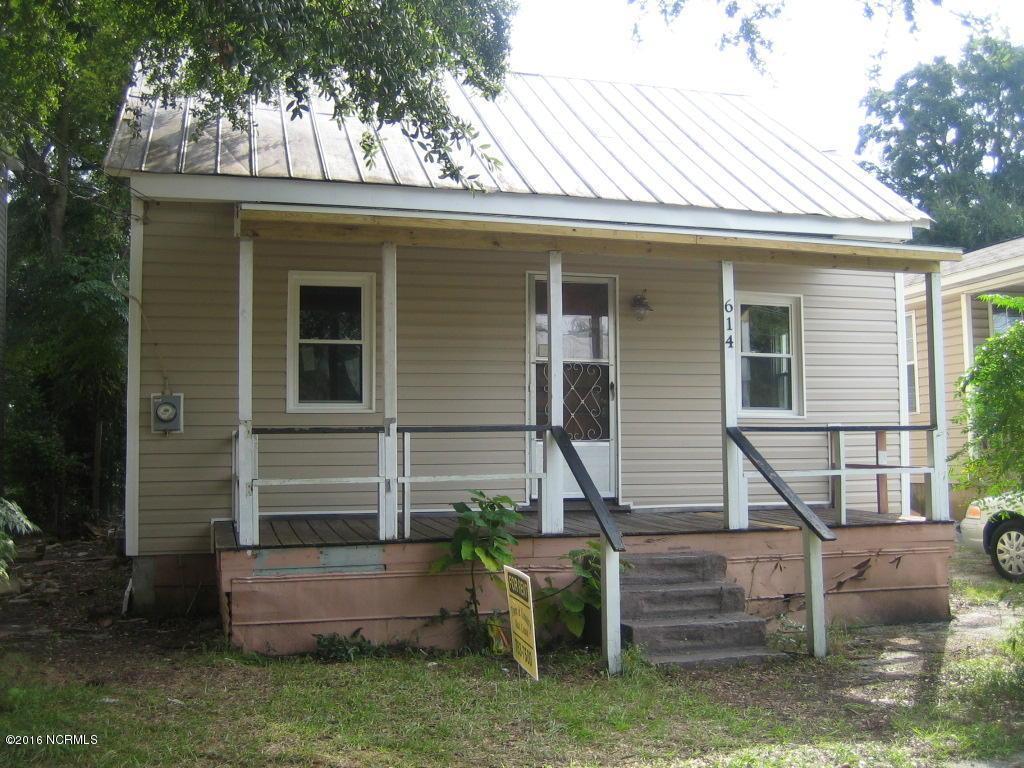 614 N 7th Street, Wilmington, NC 28401 (MLS #100024105) :: Century 21 Sweyer & Associates