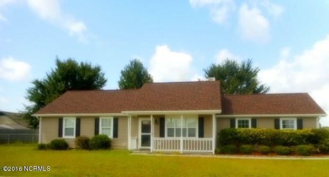 701 Covington Court, Hubert, NC 28539 (MLS #100024974) :: Century 21 Sweyer & Associates
