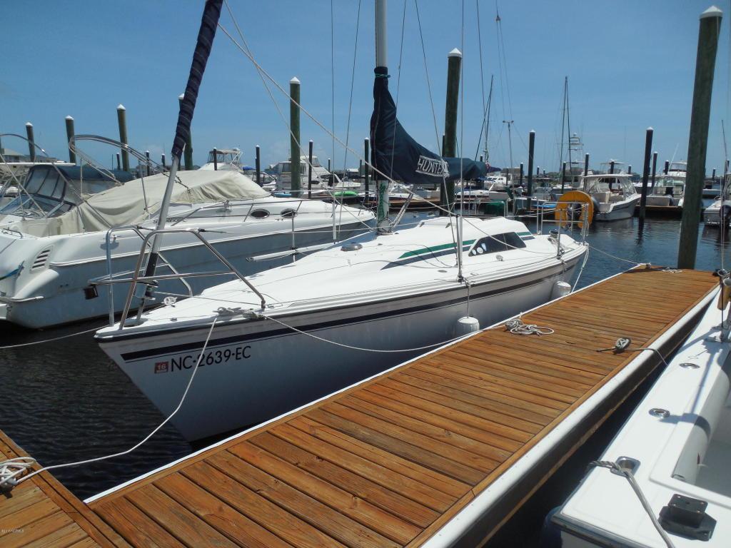 20 Harbour Point Yacht Club, Carolina Beach, NC 28428 (MLS #100025099) :: Century 21 Sweyer & Associates