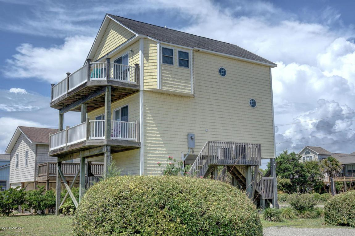 1426 N New River Drive, Surf City, NC 28445 (MLS #100025287) :: Century 21 Sweyer & Associates