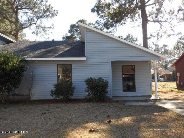 156 Village Circle, Jacksonville, NC 28546 (MLS #100025782) :: Century 21 Sweyer & Associates