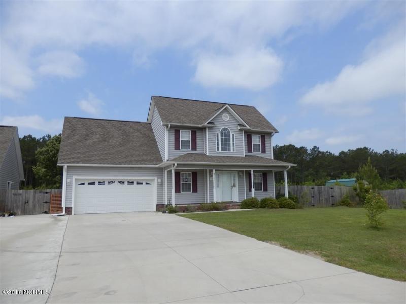 129 Hunt Drive, Hubert, NC 28539 (MLS #100026001) :: Century 21 Sweyer & Associates