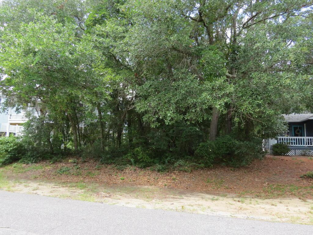 107 SE 35th Street, Oak Island, NC 28465 (MLS #100026034) :: Century 21 Sweyer & Associates