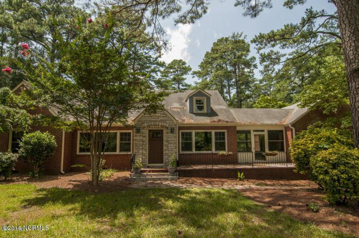 90 Lakewood Drive, Greenville, NC 27834 (MLS #100026244) :: Century 21 Sweyer & Associates