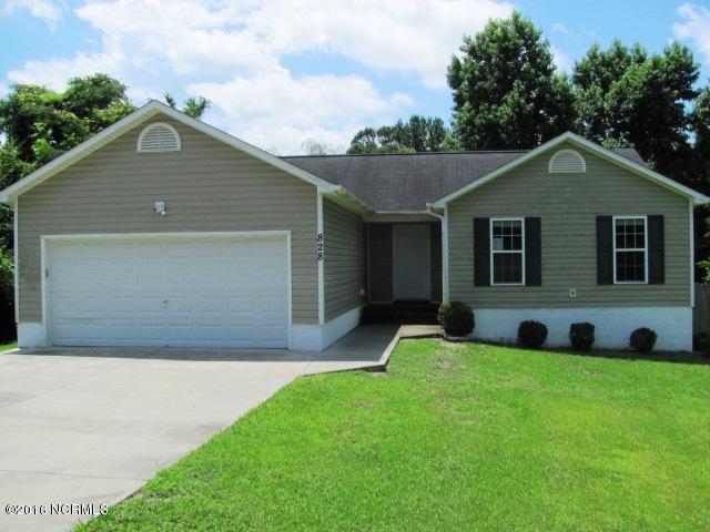 828 Barn Street, Jacksonville, NC 28540 (MLS #100026265) :: Century 21 Sweyer & Associates