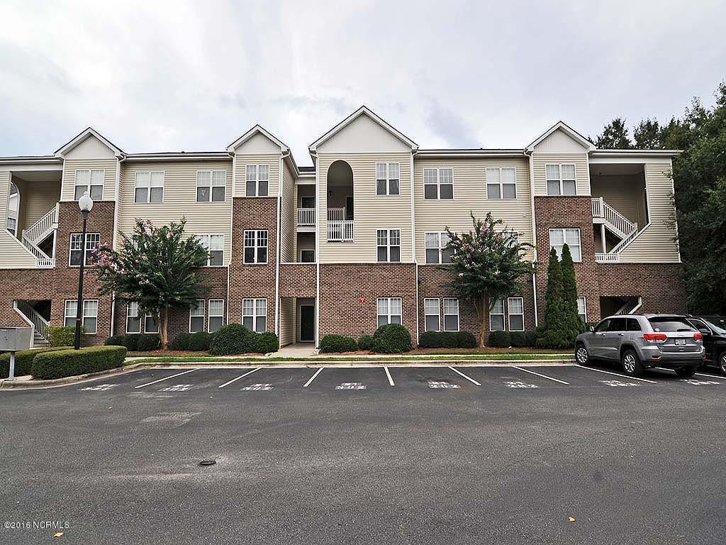 4521 Sagedale Drive #303, Wilmington, NC 28405 (MLS #100026559) :: Century 21 Sweyer & Associates