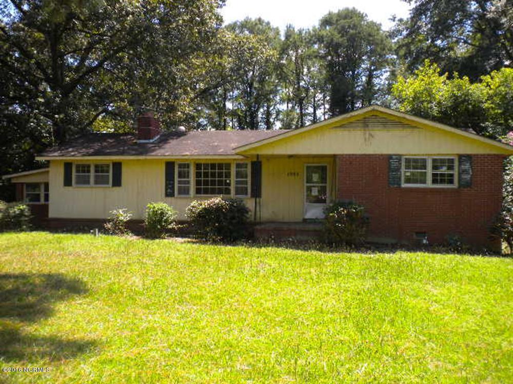 1983 Catherine Lake Road, Richlands, NC 28574 (MLS #100027027) :: Century 21 Sweyer & Associates