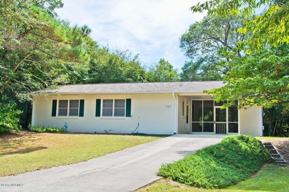 7509 Sandpiper Lane, Emerald Isle, NC 28594 (MLS #100027258) :: Century 21 Sweyer & Associates