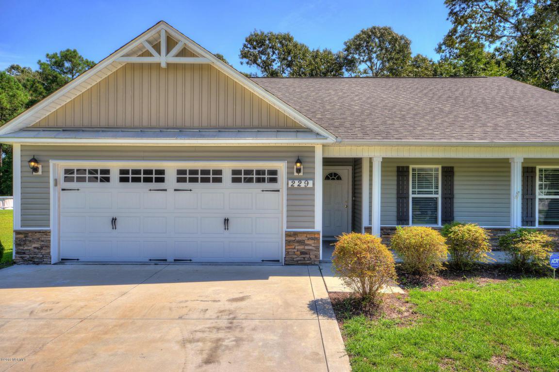 229 Long Neck Drive, Richlands, NC 28574 (MLS #100027339) :: Century 21 Sweyer & Associates