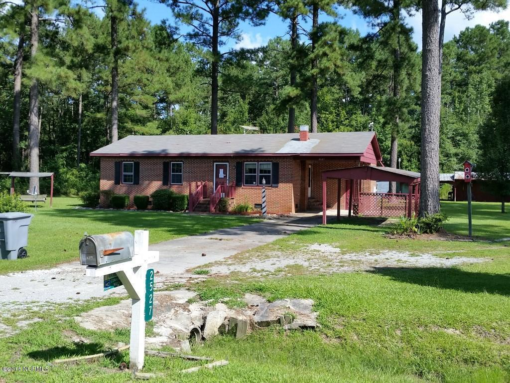 2527 Hollow Pond Road, Williamston, NC 27892 (MLS #100027383) :: Century 21 Sweyer & Associates