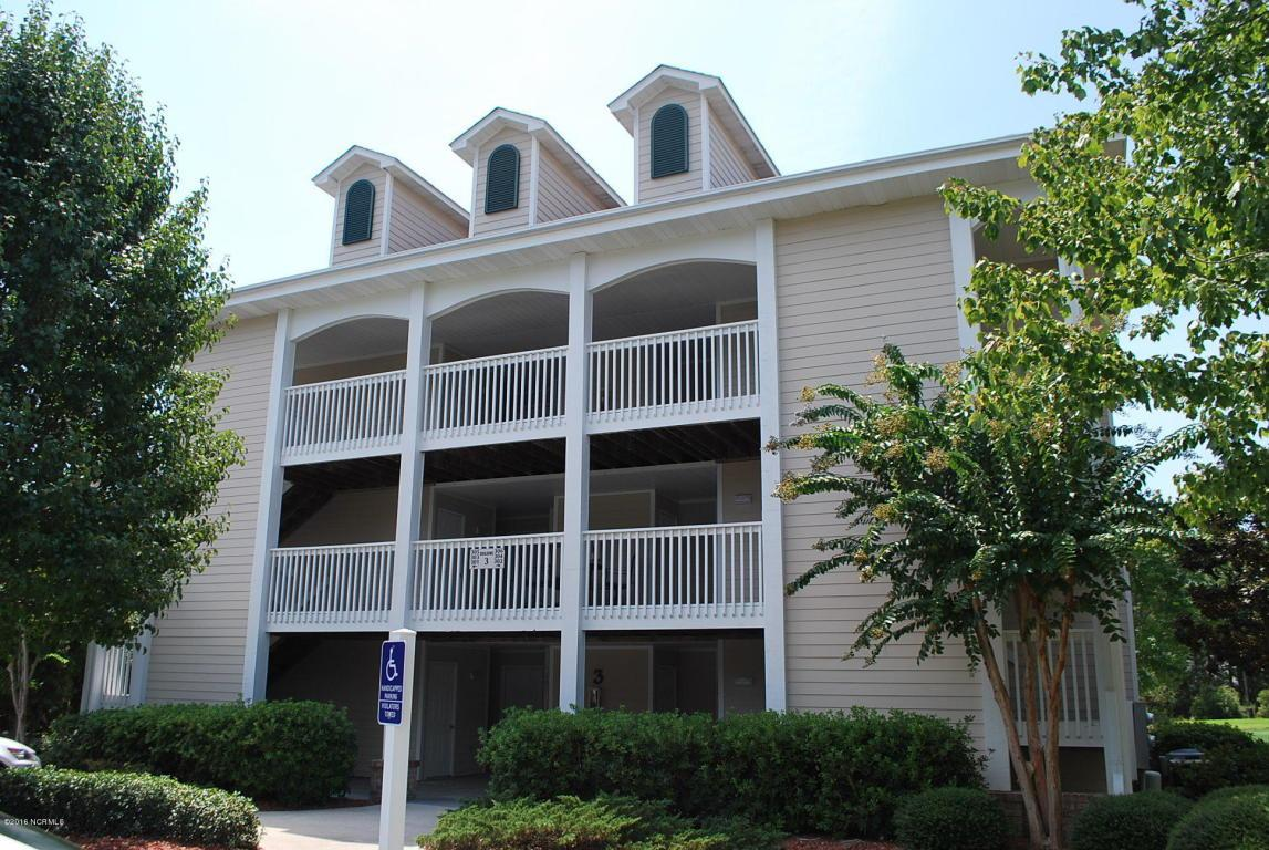 3350 Club Villa Drive SE #301, Southport, NC 28461 (MLS #100027580) :: Century 21 Sweyer & Associates