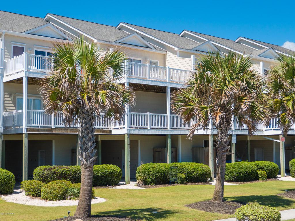 318 Sea Star Circle, Surf City, NC 28445 (MLS #100027752) :: Century 21 Sweyer & Associates