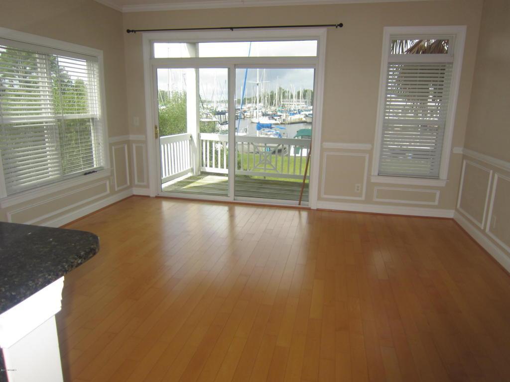 4001 Marina Townes Drive, New Bern, NC 28560 (MLS #100028676) :: Century 21 Sweyer & Associates