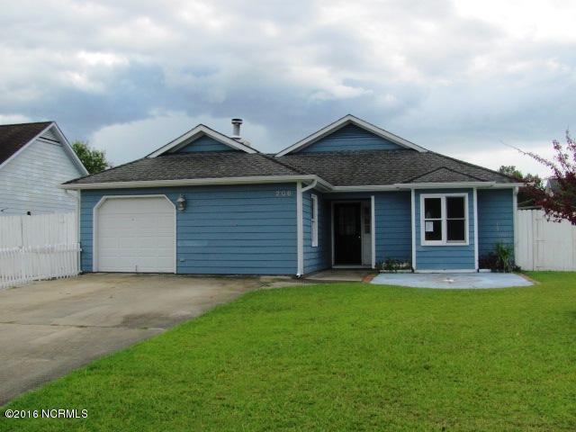 206 Kings Way, Newport, NC 28570 (MLS #100028834) :: Century 21 Sweyer & Associates
