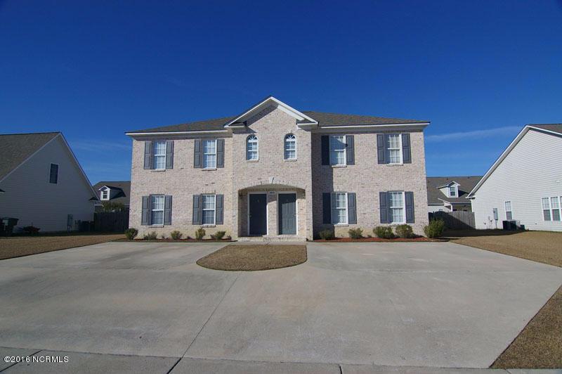 1925 B Cambria Drive, Greenville, NC 27834 (MLS #100028845) :: Century 21 Sweyer & Associates