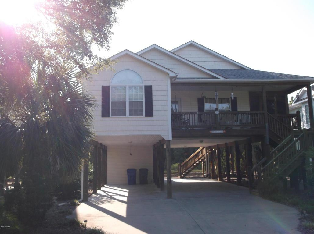 141 NE 2 Street, Oak Island, NC 28465 (MLS #100028924) :: Century 21 Sweyer & Associates