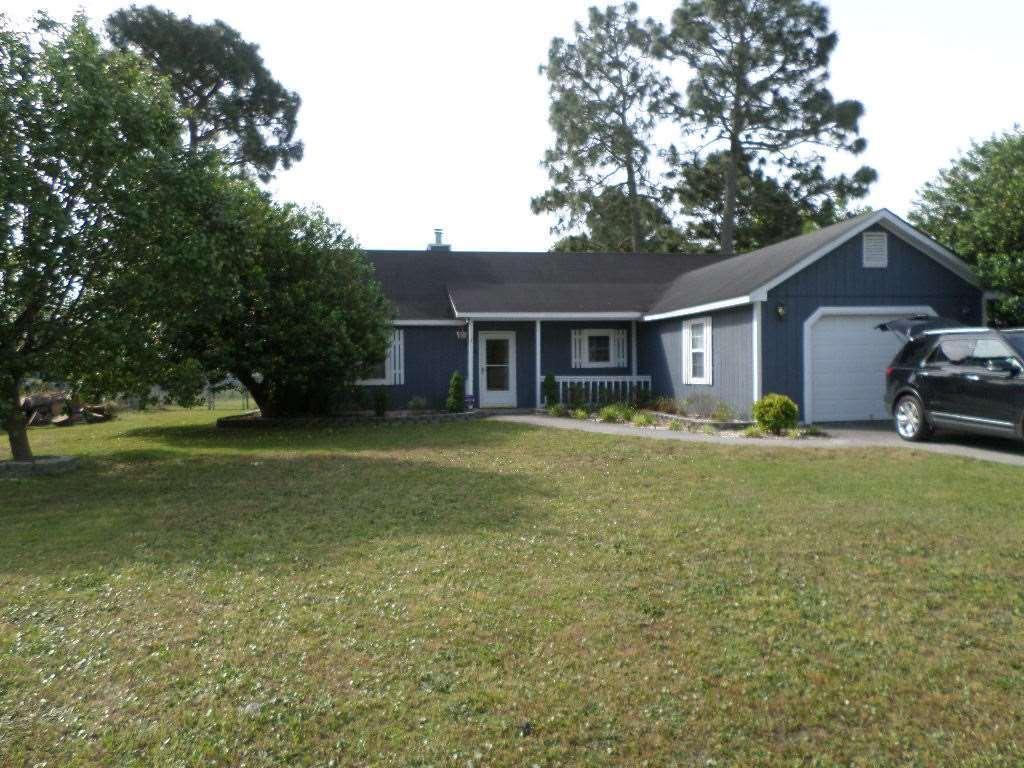 304 Foxtrace Lane, Hubert, NC 28539 (MLS #100028955) :: Century 21 Sweyer & Associates