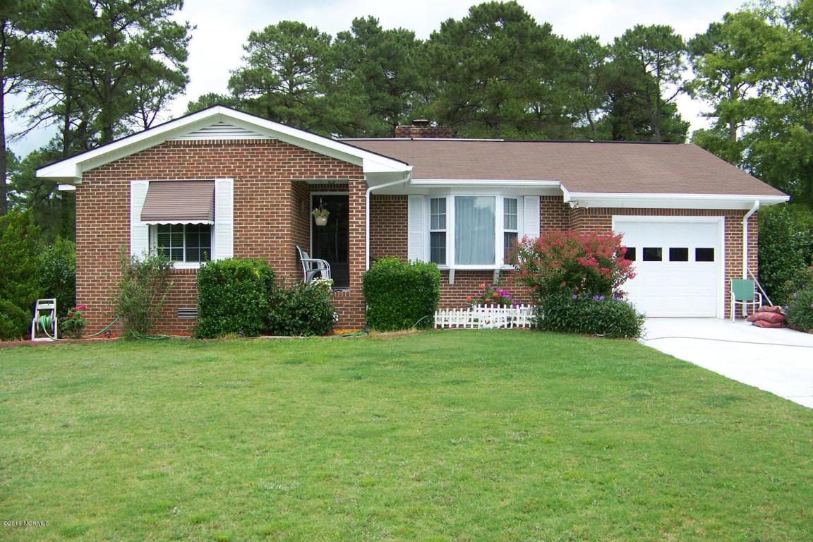 1313 Pelican Drive, New Bern, NC 28560 (MLS #100029068) :: Century 21 Sweyer & Associates