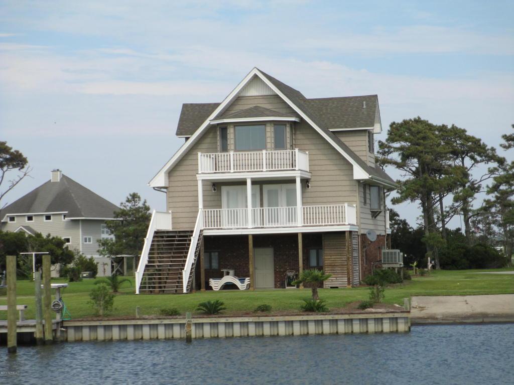 218 Straits Drive, Beaufort, NC 28516 (MLS #100029838) :: Century 21 Sweyer & Associates