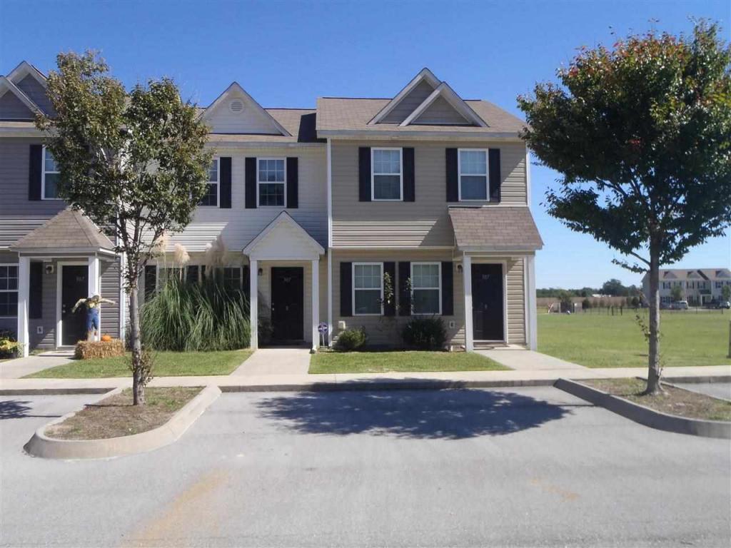 307-8 Burley Drive, Hubert, NC 28539 (MLS #100030045) :: Century 21 Sweyer & Associates