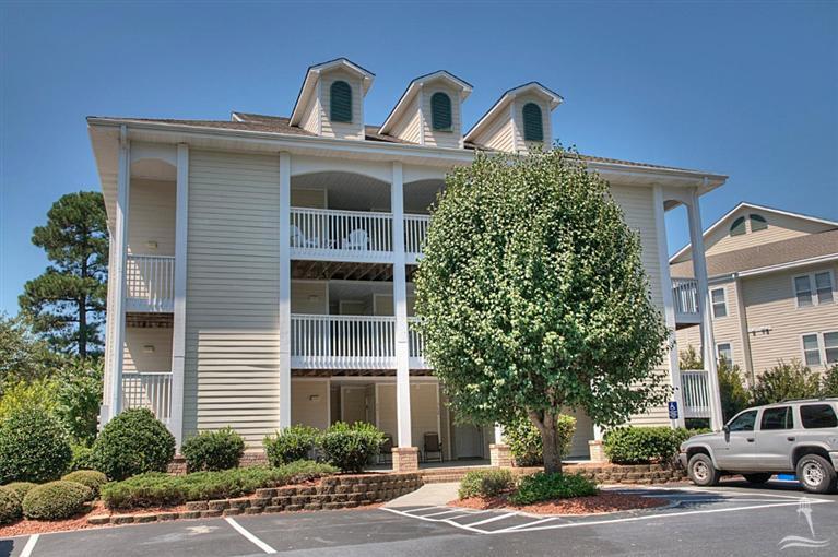 3350 Club Villa Drive SE #905, Southport, NC 28461 (MLS #100030707) :: Century 21 Sweyer & Associates